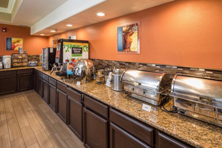 Best Western Plus Airport Inn & Suites Oakland Hotel Breakfast Room 2