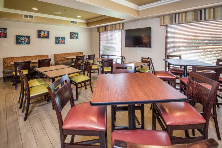Best Western Plus Airport Inn & Suites Oakland Hotel Breakfast Room 4