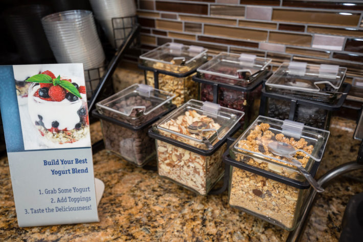 Best Western Plus Airport Inn & Suites Oakland Hotel Breakfast 2