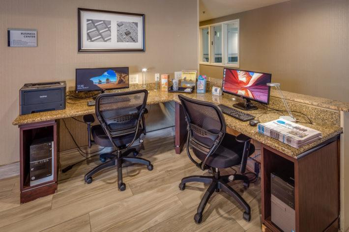 Best Western Plus Airport Inn & Suites Oakland Hotel Business Center