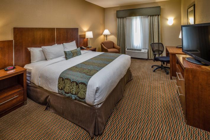 Best Western Plus Airport Inn & Suites Oakland Hotel King Standard Room 1