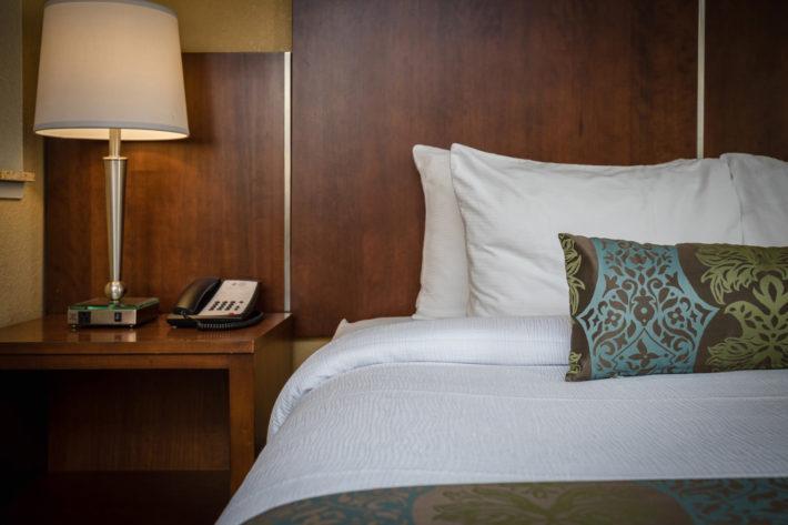 Best Western Plus Airport Inn & Suites Oakland Hotel King Suite Room 6