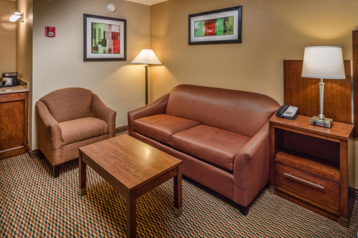 Best Western Plus Airport Inn & Suites Oakland Hotel King Suite Room 7