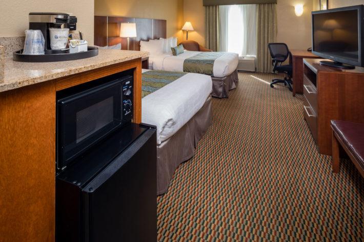 Best Western Plus Airport Inn & Suites Oakland Hotel Queen Standard Room